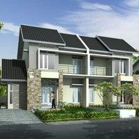 Foto scattata a Kantor Pemasaran Tamansari Bukit Mutiara Balikpapan da Arif W. il 1/2/2012