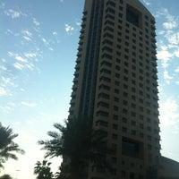 Photo taken at المؤسسه العامه التأمينات الاجتماعيه by E W. on 12/5/2011