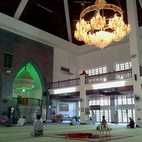 Photo taken at Masjid Perpindahan Lambak Kanan by rahzi e. on 11/11/2011