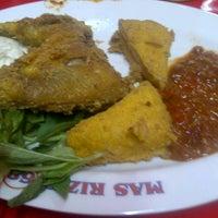 Photo taken at Ayam Kremes Mas Hani 86 by lucas k. on 10/10/2011