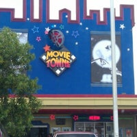Photo taken at MovieTowne by Shivan S. on 8/10/2012