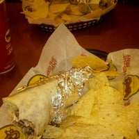 Снимок сделан в Moe's Southwest Grill пользователем Kayla W. 11/13/2011