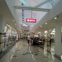 Photo taken at Campinas Shopping by Alfredo R. on 8/29/2011