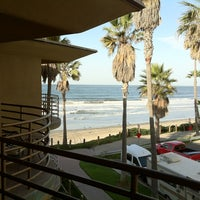 Foto tomada en Pacific Terrace Hotel por Edward T. el 12/3/2011