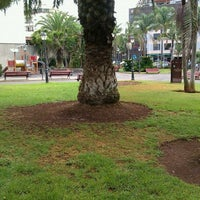 Photo taken at Parque Estudiante Javier Fernández Quesada ( Antiguo Parque Los Dragos) by Fernando L. on 10/17/2011