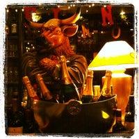 Das Foto wurde bei M-Steakhouse von Michael P. am 11/24/2011 aufgenommen