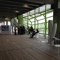 Photo prise au Les Docks – Cité de la Mode et du Design par Julie N. le6/19/2012