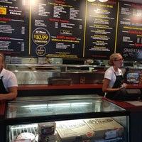 Foto diambil di Prince Pizzeria oleh Matt pada 9/2/2012