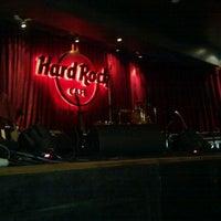 Photo taken at Hard Rock Café by Saurav S. on 8/18/2011