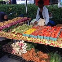 Photo taken at Mill City Farmers Market by Daddy F. on 8/18/2012