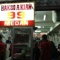 Foto tomada en Bakso Akiaw 99 por Deon O. el 3/17/2012