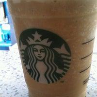 Photo taken at Starbucks by Fernando R. on 1/20/2012