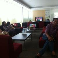 Photo taken at นครปฐม ฮอนด้า ออโตโมบิล by Takky N. on 5/2/2012