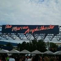รูปภาพถ่ายที่ Summerfest 2011 โดย Lauren N. เมื่อ 9/8/2011
