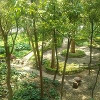 Photo taken at Parque Luis G. Urbina (Parque Hundido) by Marisol O. on 8/31/2012