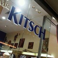Photo taken at Mr. Kitsch by Alexandre Novelletto on 10/17/2011