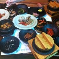 Photo taken at 박현자네 더덕밥 by Seung KI L. on 8/24/2012