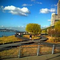 Das Foto wurde bei Riverside Park South von Hector am 3/20/2012 aufgenommen