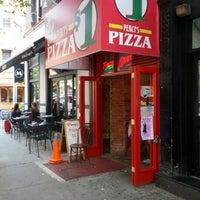 Das Foto wurde bei Percy's Pizza von Luis B. am 7/15/2012 aufgenommen