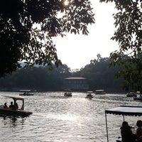 Das Foto wurde bei Tianhe Park von Forest C. am 1/1/2012 aufgenommen