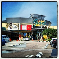 Photo taken at Giant Hypermarket by Mkn A. on 5/12/2012