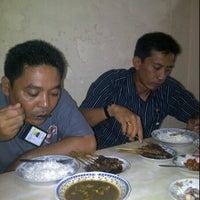 Photo taken at RM Istimewa (Sate & Gulai) by Ghonk G. on 3/3/2012