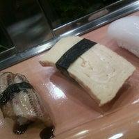 Photo taken at すし仙 自由が丘店 by Yoko N. on 2/9/2012