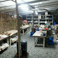 Photo taken at 수걸요 Pottery Studio by Peter P. on 11/16/2011