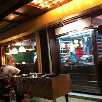 Das Foto wurde bei ร้านอาหารเยาวราช von arichan m. am 12/18/2011 aufgenommen