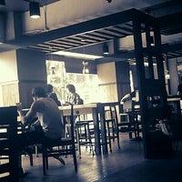 Photo taken at Starbucks by malang J. on 7/29/2011