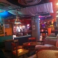 9/3/2012 tarihinde kosmostvoi🚀ziyaretçi tarafından Navy Jerry's Rum Bar'de çekilen fotoğraf