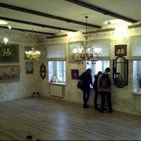 Foto tomada en Gapchinska Gallery por Serge F. el 9/11/2011