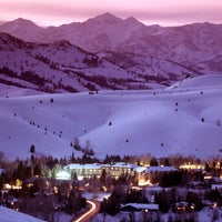 Photo taken at Sun Valley Lodge by Sun Valley Resort on 8/17/2011