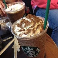 Photo taken at Starbucks by Nattapong T. on 3/28/2012