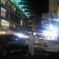 Photo taken at سوق الكندرة by madani b. on 7/9/2012