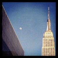 Foto tomada en Delta Sky360 at Madison Square Garden por Adam O. el 4/4/2012