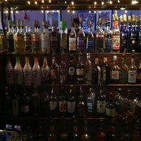 Foto tomada en Goodfellas Sports Bar por Shane T. el 1/3/2012