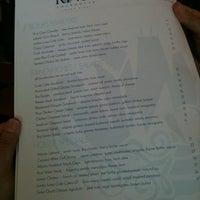 Photo prise au Riva Crabhouse par American Business Language Academy C. le3/17/2012