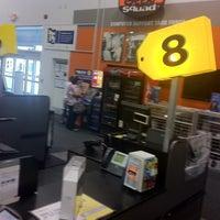 Photo taken at Best Buy by GarzonStudio.com C. on 9/27/2011