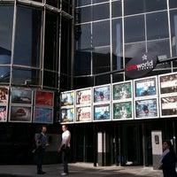 Снимок сделан в Cineworld пользователем Letian L. 10/5/2011