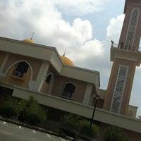 Photo taken at Masjid Sepang by Rahman T. on 7/29/2011