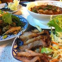 Photo taken at อ้วนจิ้มจุ่ม 2 by Palaphum D. on 2/18/2012