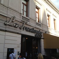 Photo taken at La Trastienda Club by René F. on 3/22/2012