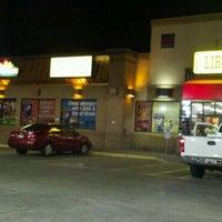 Das Foto wurde bei Liberty Fuel Travel Center & Truckstop von Adan H. am 4/2/2012 aufgenommen
