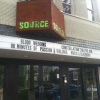 2/5/2012 tarihinde Victoria R.ziyaretçi tarafından The Source Theatre'de çekilen fotoğraf