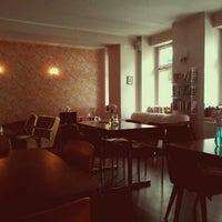 Das Foto wurde bei Café Hilde von MrHaytch am 6/11/2012 aufgenommen