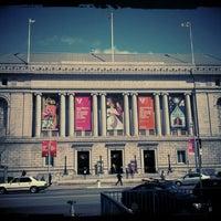 Das Foto wurde bei Asian Art Museum von Eli C. am 3/31/2012 aufgenommen