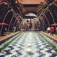 Foto tomada en Irvine Spectrum Center por Lindsey G. el 6/21/2012