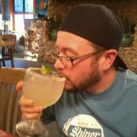 Foto scattata a On The Border Mexican Grill & Cantina da Joseph M. il 2/22/2012