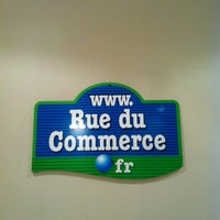 Photo taken at RueduCommerce.com by Laurent L. on 3/6/2012